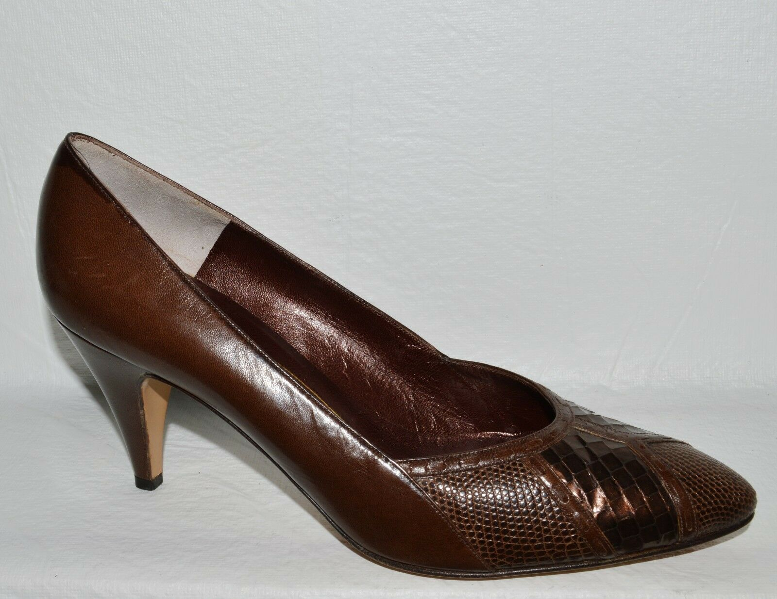 BRUNO MAGLI SZ 8 AA NARROW BROWN LEATHER PUMPS HEELS DRESS SHOES ITALY