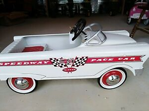 1960s-Murray-Pedal-Car-Good-Condition-Few-Scratches-couple-Paint-Chips