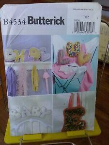 Oop-Butterick-Crafts-4534-10-034-alphabet-pillows-NEW