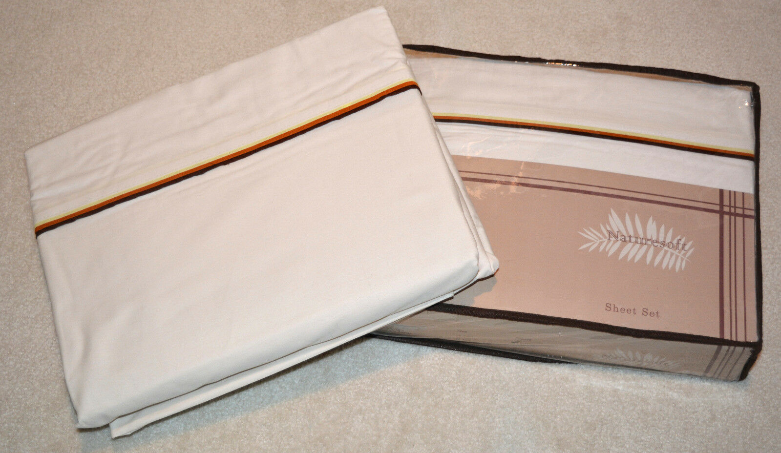 100% Organic Cotton T200 Sateen King Valentines Sheet Set with 3 ColGoldt Piping