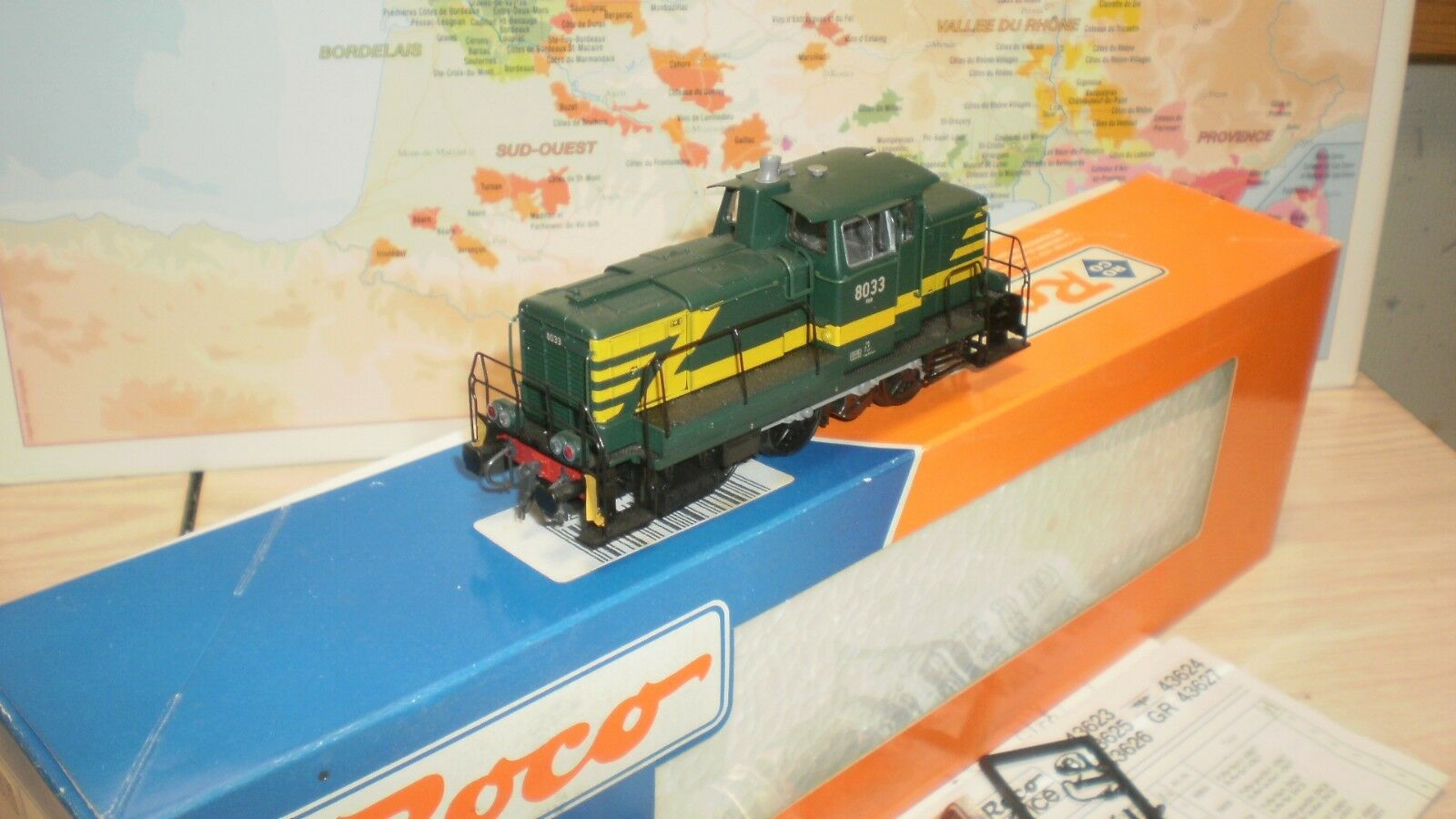 Loco diesel 8033 SNCB roco