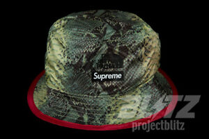 0ae5c6021427 Image is loading SUPREME-TNF-SNAKESKIN-PACKABLE-REVERSIBLE-CRUSHER -GREEN-SS18-