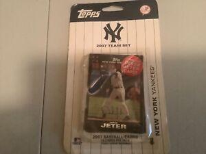 Topps-2007-Team-Set-New-York-Yankees-MLB-Baseball-Card-Factory-Sealed-NEW