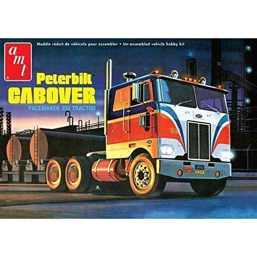 1/25 Peterbilt 352 Pacemaker COE Tractor