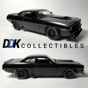 ACME-1806108-1970-Barracuda-Trans-Am-Stain-Black-Street-Version-Diecast-Car-1-18