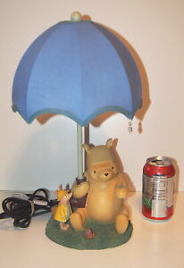 A Winnie The Pooh Table Lamp Light With Piglet Amp Snails In