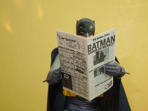 Échelle 1//12 journal-Gotham Times pour Batman Catwoman Harley Quinn etc.