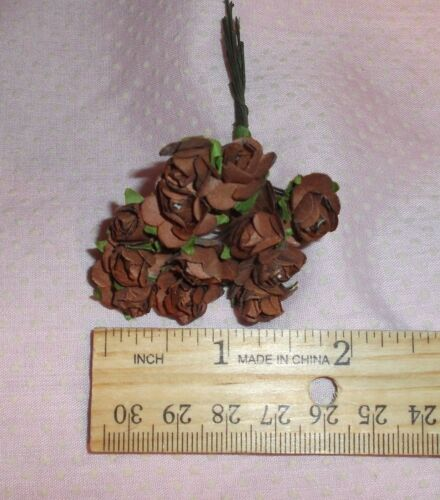 VINTAGE Parchment TINY roses cluster DOLL CLOTHES Alexander /& Ginny light BROWN