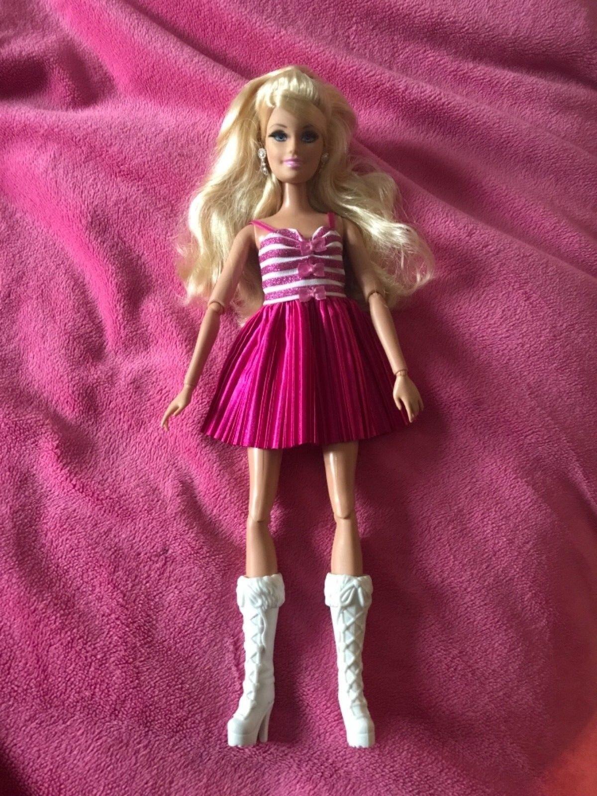 Barbie  la vita nella casa dei sogni  bambola ottime condizioni VHTF