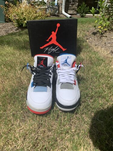 jordan what the 4 size 10.5, worn 3 times, look br