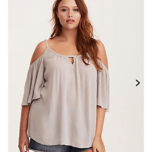 Torrid 3X 22 24 Gray Crepe Flutter Sleeve Cold Shoulder Womens Top NWT