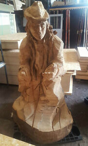 Beggar-Man-Chainsaw-Wood-Carving-Garden-Sculpture-3-Hour-Competition-Carving