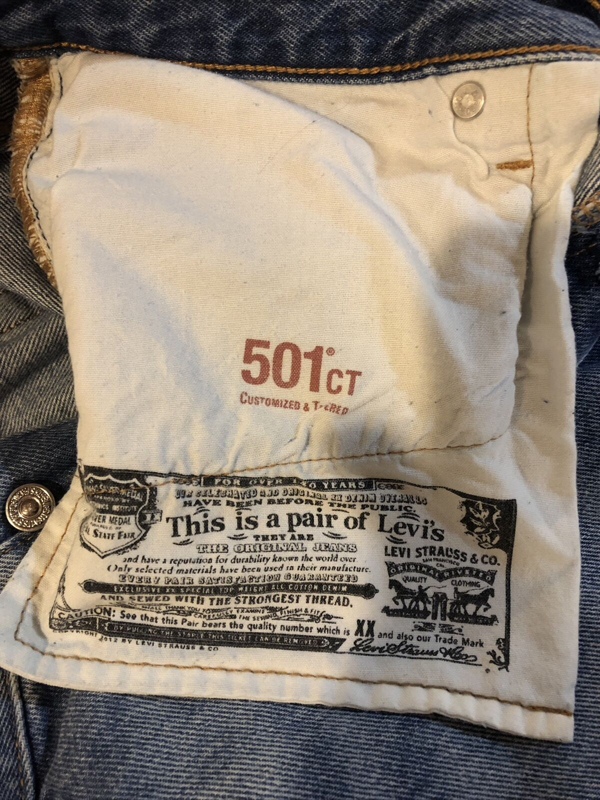 Levis Distressed 501 CT Jeans Size 28/32 - image 10