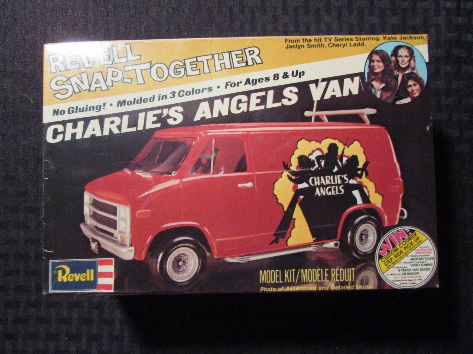 1977 revell agganceranno charlie's angels van model model van kit sigillato 6fa1bd