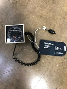 Welch-Allyn-Aneroid-Sphygmomanometer