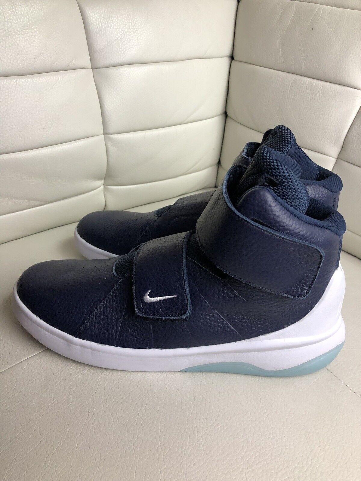 Nike Marxman Premium Navy bluee Size 9