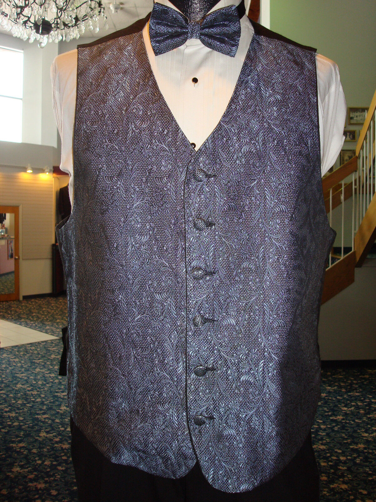 Periwinkle Floral Pattern Formal Vest w Matching Bow & Hanky Fullback - Mens S