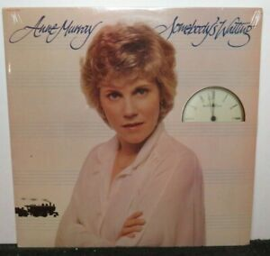 ANNE MURRAY SOMEBODY'S WAITING (NM) SEALED SOO-512064 LP VINYL RECORD