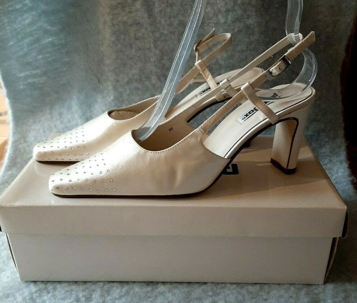 Paradox Ivory silk with diamante detail wedding shoes size UK 4 New