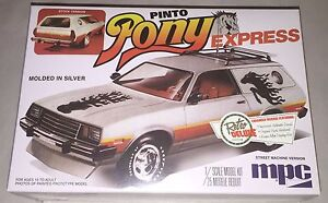 MPC-1979-Ford-Pinto-Wagon-Pony-Express-1-25-scale-model-car-kit-new-845