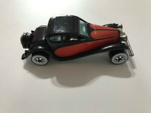 Hot-Wheels-37-Bugatti-1980-Diecast-Model-Toy-Car-Vintage-Black-And-Red