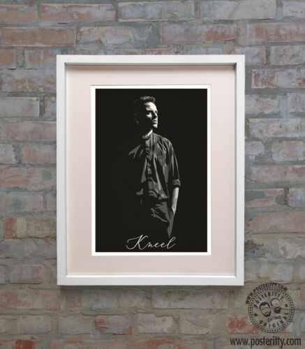 Hot Priest Kneel Poster Minimal Print /& Card Comedy TV Show Fans Gift FLEABAG