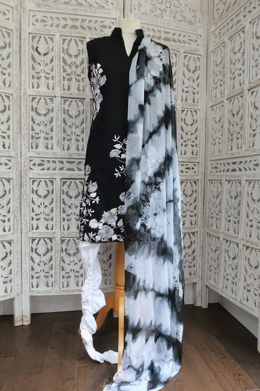Black & white cotton pyjami churidaar suit Size UK 12 EU 38 – SKU16382
