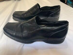 Size 10.5 M Kohls APT 9 Loafers Slip