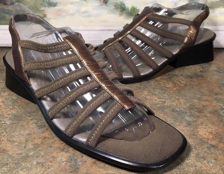 Aerosoles Womens Gold Sling Back Open Toe Size 8M Block Heel