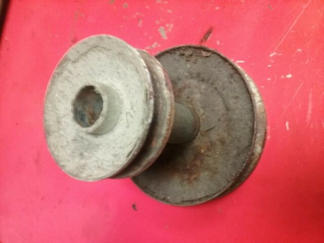 Fits AYP  140186 275-100 Engine Pulley