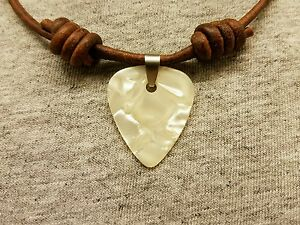 Guitar-Pick-Necklace-Genuine-Leather-Cord-Adjustable-Choker-Surfer-Pendant-Charm