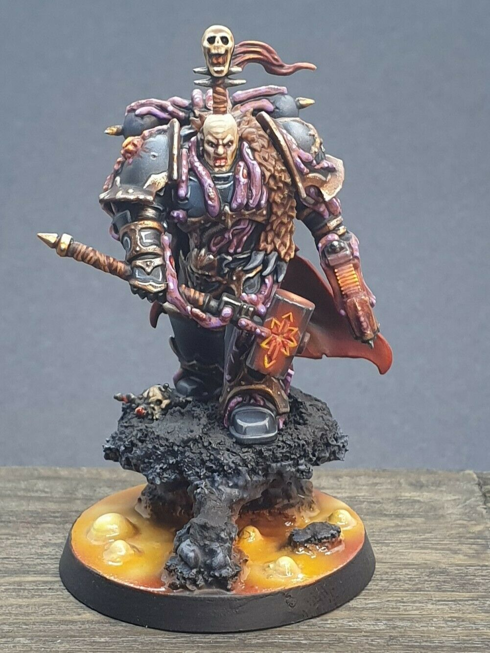 Pro Painted Warhammer 40K  Chaos Lord