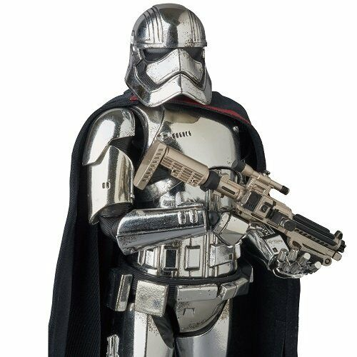 MAFEX Star Wars The Force Awakens Captain Phasma Action Figure
