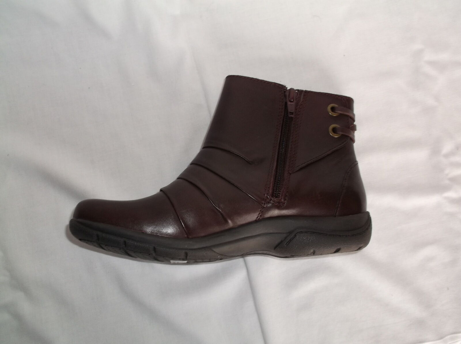 CLARKS CLARKS CLARKS BURGANDY LEATHER ANKLE SIDE ZIP BOOTS NEW IN BOX f68fb9