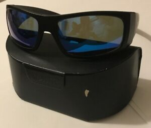 RARE-Pablo-Beach-Ocean-Waves-Polarized-Sunglasses-Offshore-Blue-Lens-Black-Frame