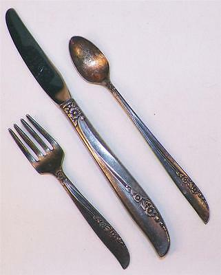 Oneida Wm Rogers Brittany Rose 2 Tea Spoons