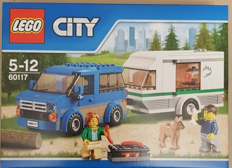 LEGO CITY CAR AND CARAVAN 60117 RARE DELETED SET SEALED NEW BOXED.