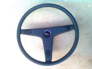 Toyota-Tercel-Lenkrad-3-Speichen-blau-38-cm