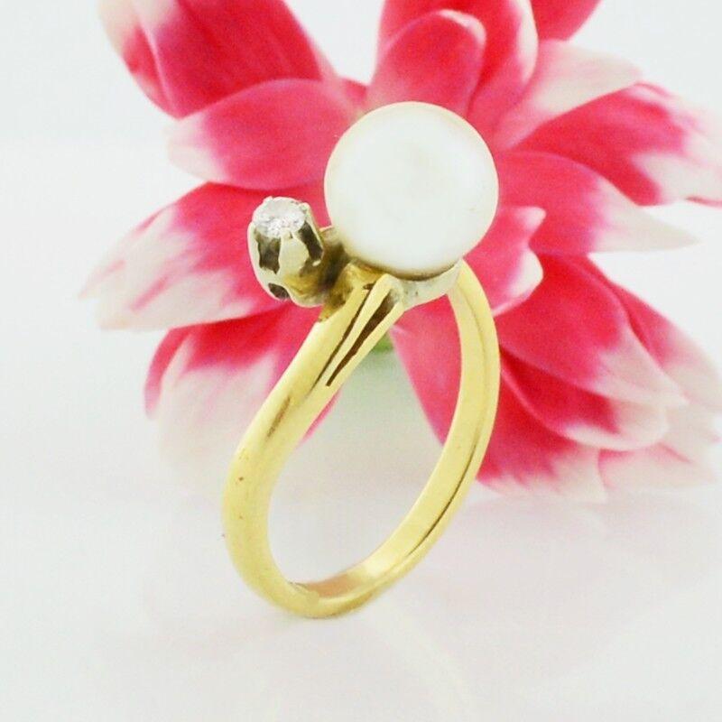 14k Yellow gold Estate Pearl & Diamond Ring Size 5.75