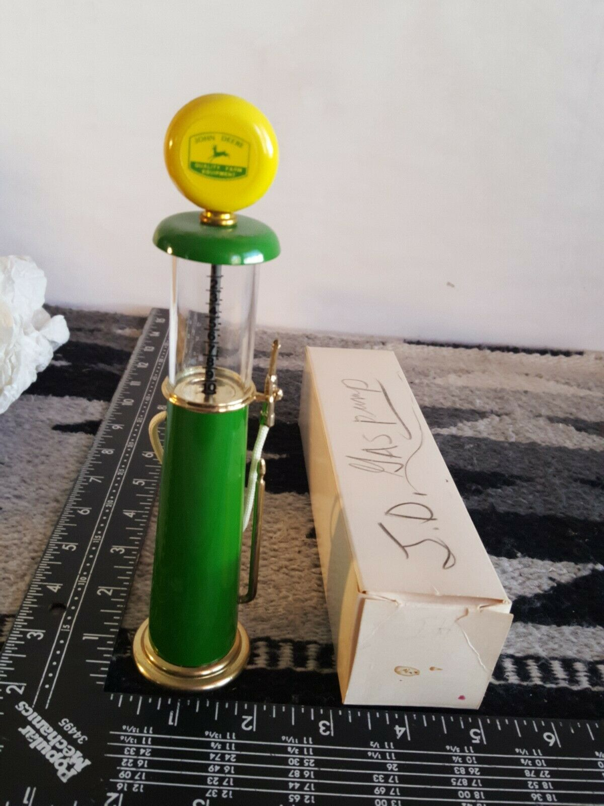 John Deere Gas Pump 1 12 diecast gas pump replica collectible by ROY'S MFG