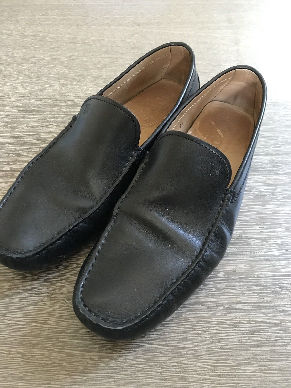 Tod's Black Leather Slip On Loafer Driving shoes Size 9 1 2