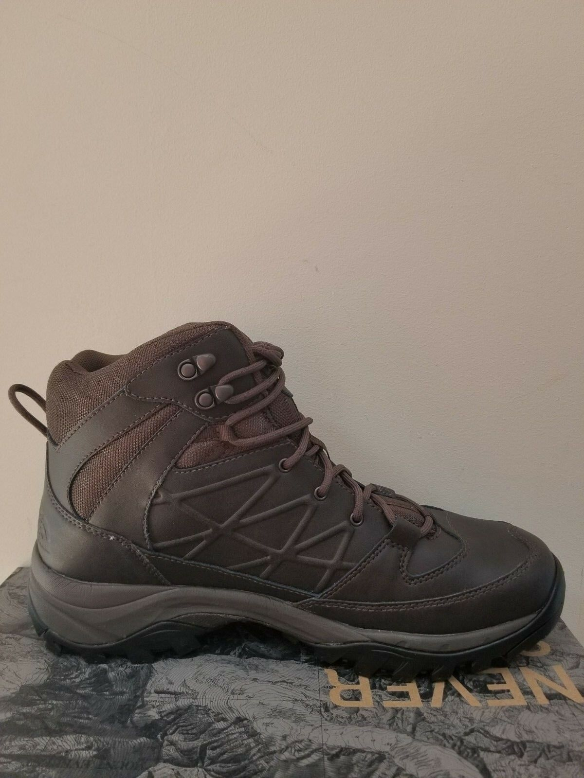 compra meglio THE NORTH FACE Uomo Storm Mid Waterproof Waterproof Waterproof Leather Hiking stivali Dimensione 11.5 NIB  designer online