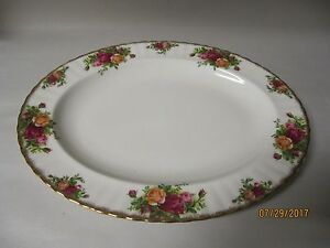 "Beautiful Royal Albert Old Country Roses 13 1/2"" Oval Serving Platter"