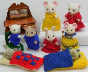 Bedtime-Knitting-Pattern-for-Sylvanian-Families-2mm-needles-and-thin-yarn