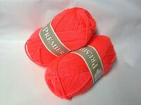 1 pelote laine layette /orange fluo/ produit FRANCAIS/