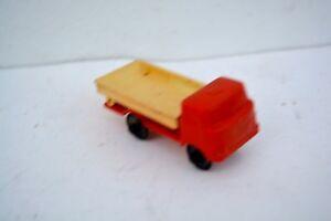 DDR-Spielzeug-Auto-Modellauto-Bakelit-50-jahre-LKW-Kipper