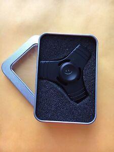 Luxury-Metallic-Black-Fidget-Spinner-with-Case
