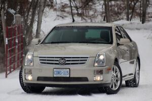 2007 Cadillac STS - Rare 320HP-V8 / AWD - 6 Spd Auto - Loaded