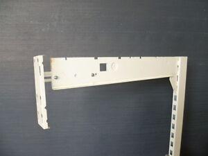 2-x-Tegometall-Blendentraeger-63-67-cm-lang-bis-25-kg-belastbar-juraweiss-H-20