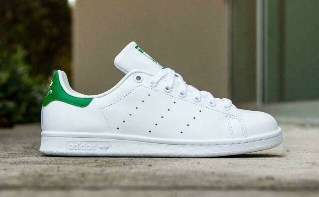 classic fit f4720 5ca7d adidas Womens Stan Smith W White/green B24105 8.5
